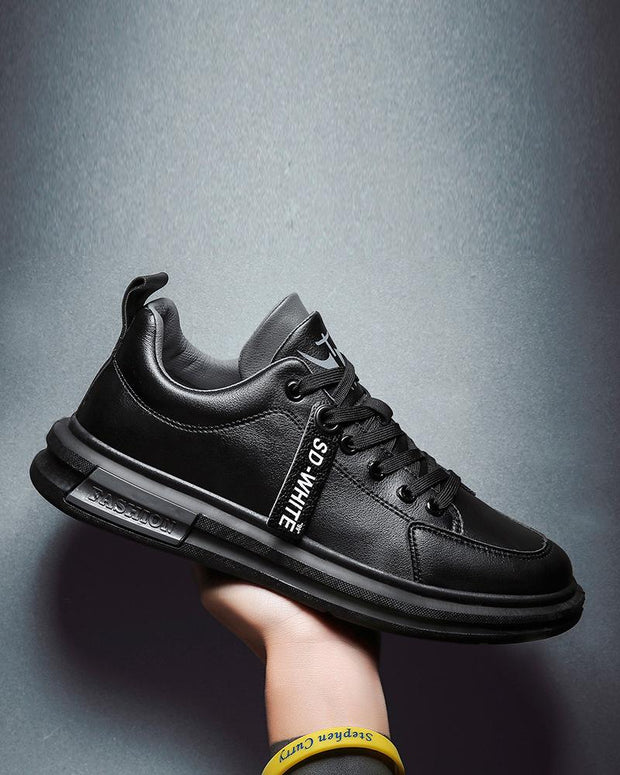 Solid Lace-up Brand Decoration Sneaker