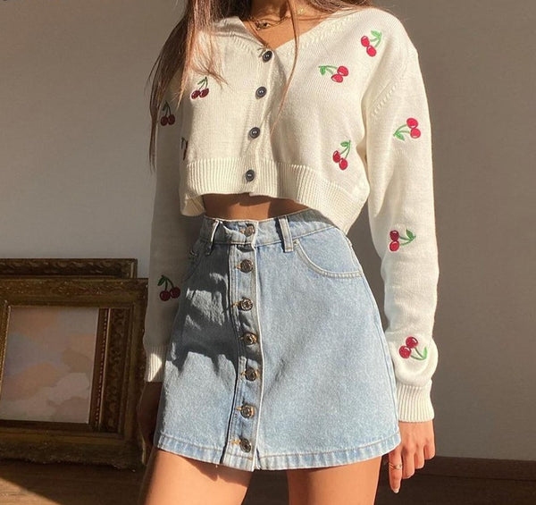 CHERRY EMBROIDERY CARDIGAN