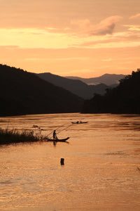 Fishing on the Mekong- a beautiful jigsaw puzzle