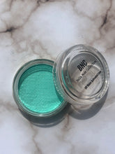 "Load image into Gallery viewer, ""Mint"" UV Pastel Cake Liner (10g)"