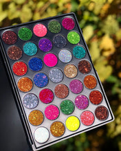 Load image into Gallery viewer, Glitter Queen Palette