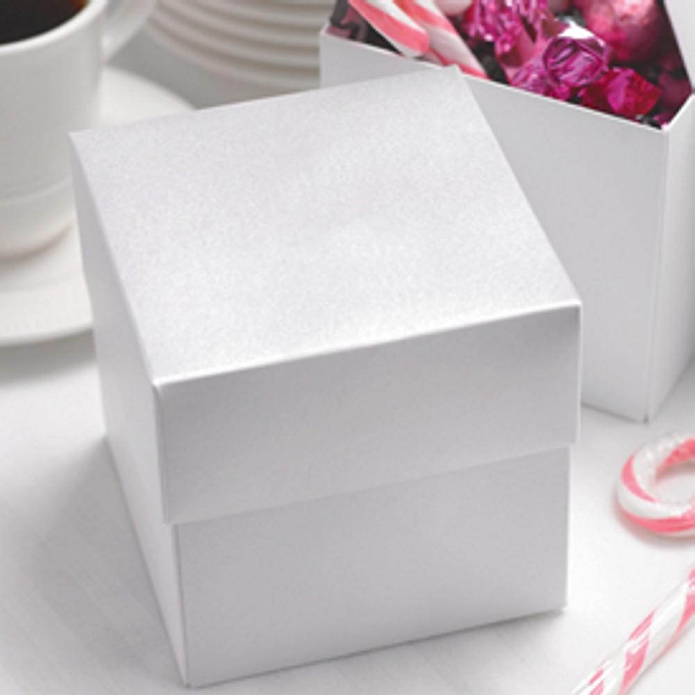 White Shimmer Two Piece Cupcake Boxes 4in X 4in X 4in
