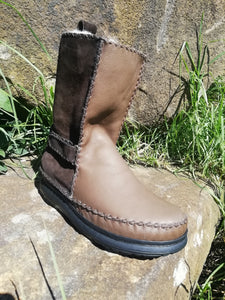 Pull On Leather Boots with Velcro Straps (UK 12)
