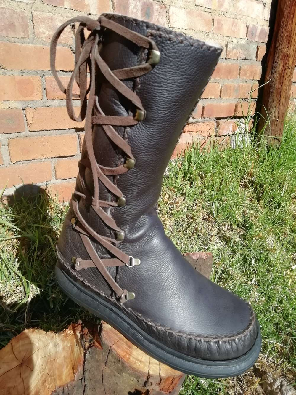 High Leather Boot with Side Laces (Mens UK 8)