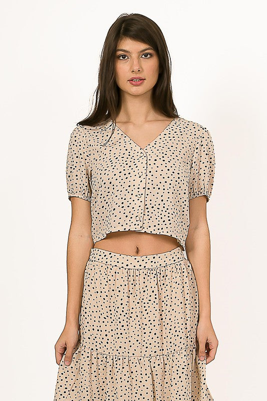 Tan Spotted Print Cropped Button Up Shirt with Puffed Sleeves