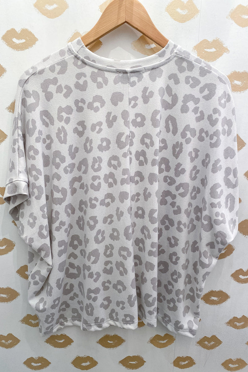I Gotta Feline White Cheetah Print Scoopneck Lounge Top