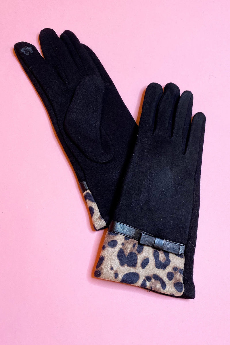 Faux Suede Gloves with Cheetah Bow Cuff