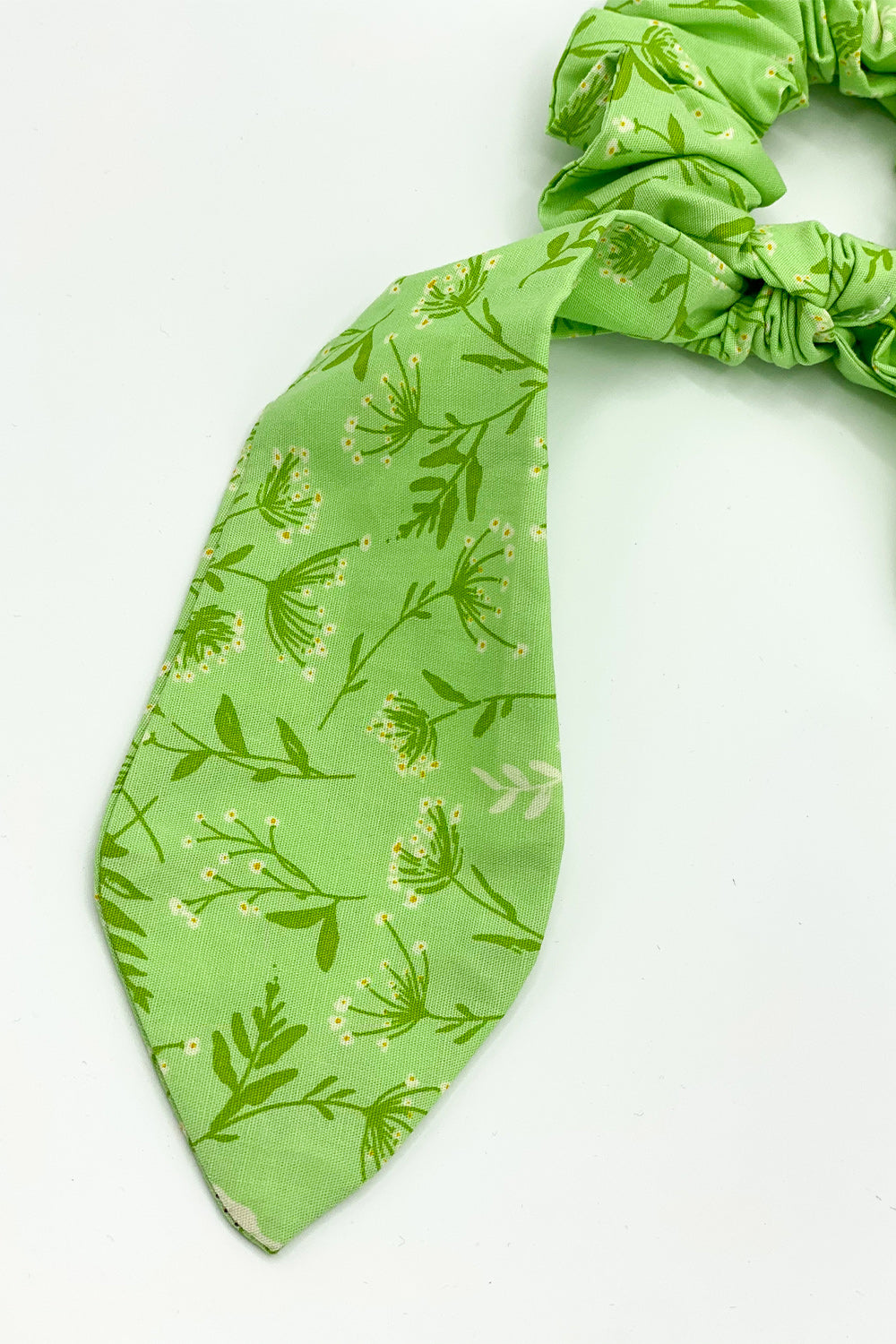 Plant Touch This Green Floral Scrunchie