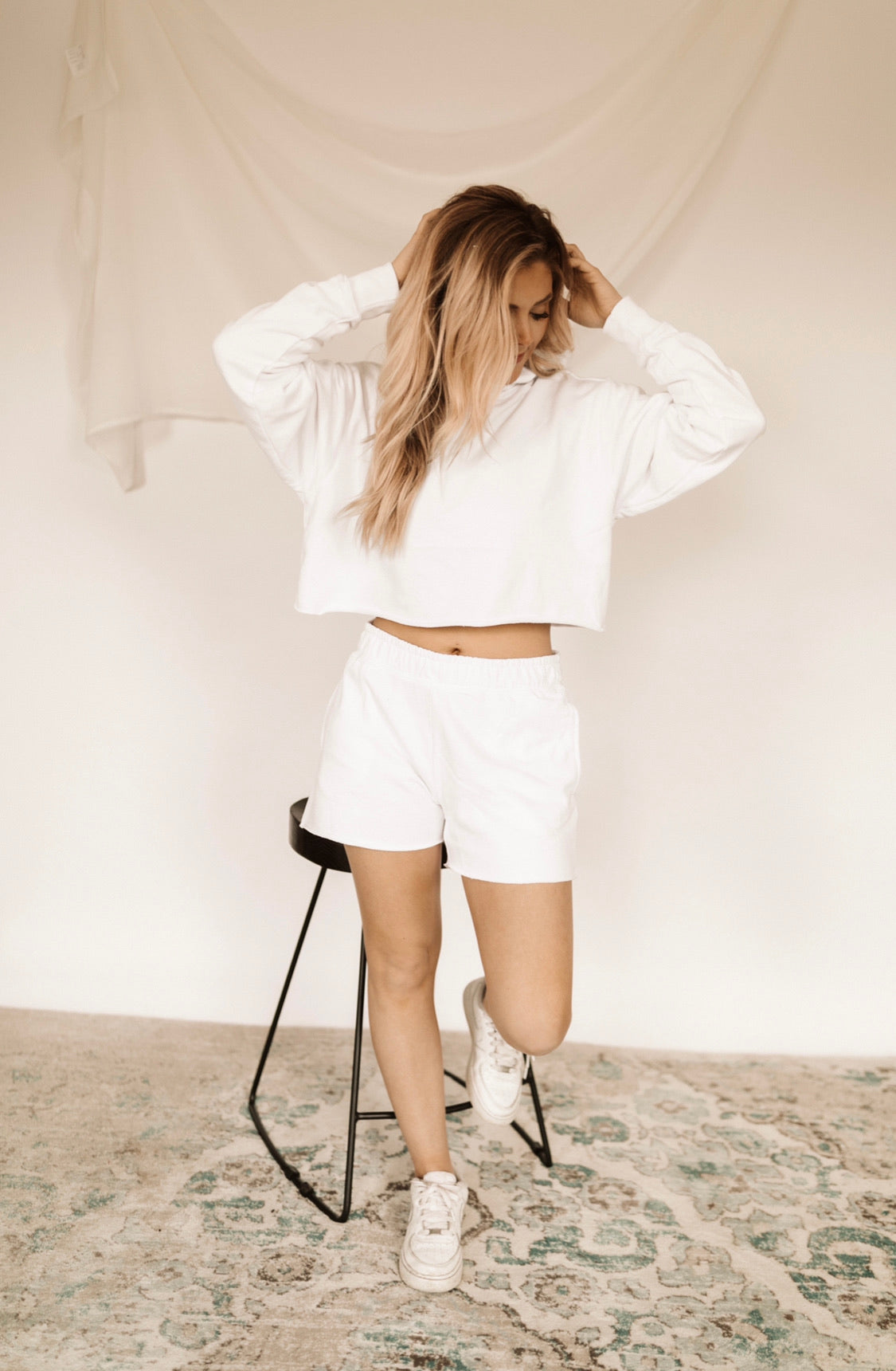 BOYFRIEND SWEAT SHORTS - White
