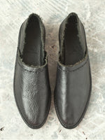 BLACK LEATHER SHOES WITH TOP STITCH, PETRUCHA - Kapade Shop