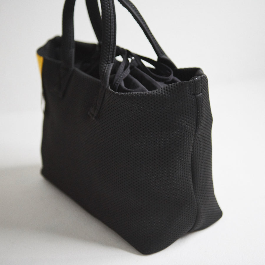 POUCH TOTE