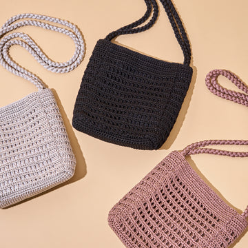 KNIT MINI TOTE