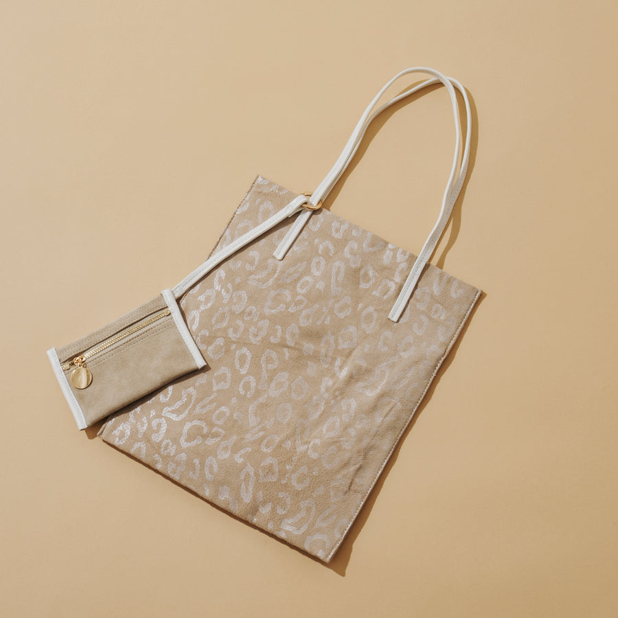 FLAT TOTE & POUCH