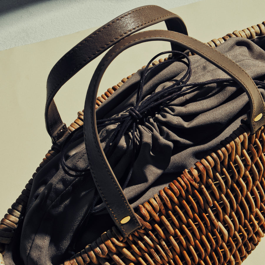 ARUROG×LEATHER HANDLE TOTE
