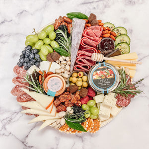The Meet Me in the Middle {Serves 4-8, Snacks up to 10}