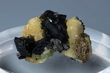 Load image into Gallery viewer, Babingtonite from Lane's Quarry, Westfield, Massachusetts, USA