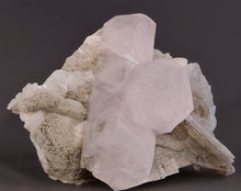 Load image into Gallery viewer, Calcite from Dal'negorsk, Far-Eastern Region, Russia