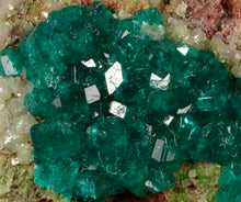 Load image into Gallery viewer, Dioptase from Tsumeb Mine, Tsumeb, Namibia
