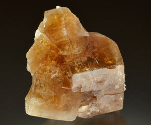 Fluorite from Kraemer+Sons Quarry, Clay Center, Ohio, USA