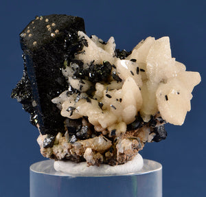 Ilvaite from 2nd Sovetskii Mine, Dal'negorsk, Far-Eastern Region, Russia