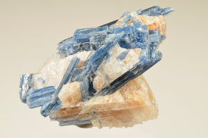 Kyanite from Spruce Pine District, North Carolina, USA