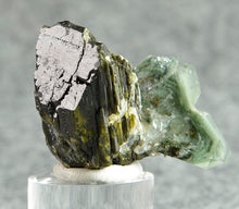 Load image into Gallery viewer, Quartz from Prince of Wales Island, Alaska, USA