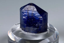 Load image into Gallery viewer, Zoisite var. Tanzanite from Merelani, Tanzania