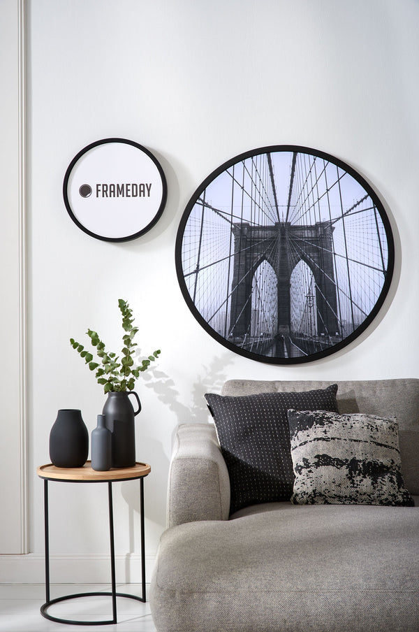 Motiv Brooklyn Bridge in rundem Bilderrahmen