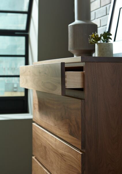 Serra Chest of Drawers