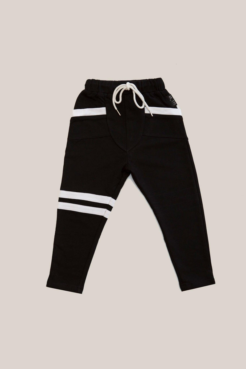 LIL' BREAKERS BLACK WITH WHITE STRIPE in black