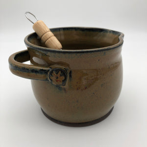 Whisking Bowl in Cola Green