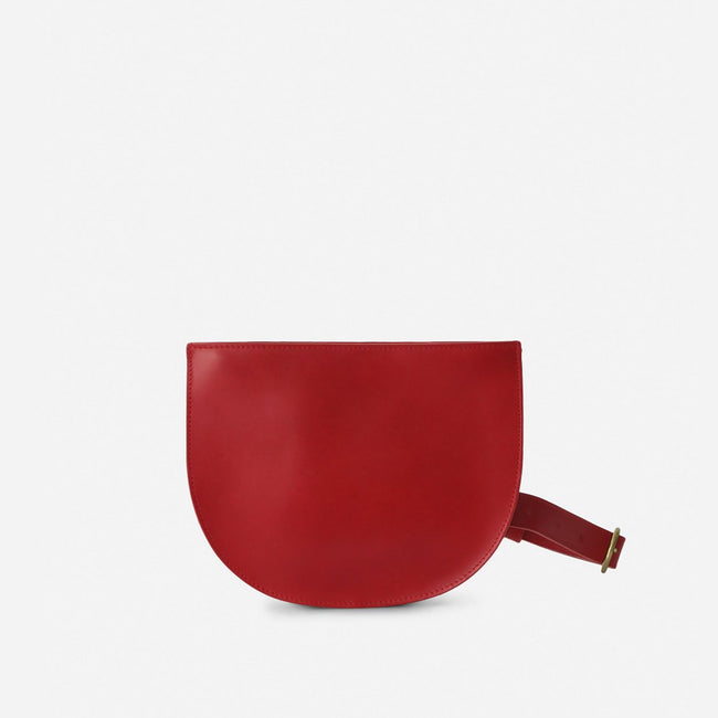 Crescent Belt Bag - Vegetable Tanned Cherry