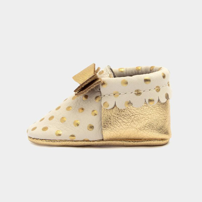 Moccasin - Heirloom Cream with Bow