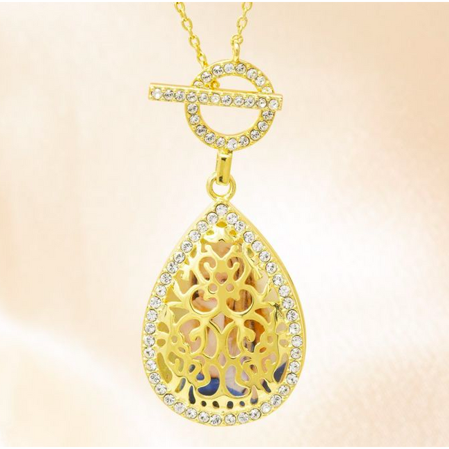 Bella Locket Necklace - Yellow Gold