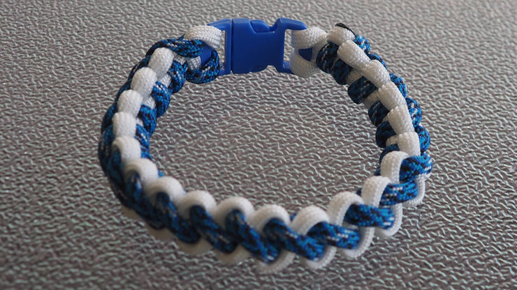 Paracord  bracelet  blue,white  7 1/2 inches
