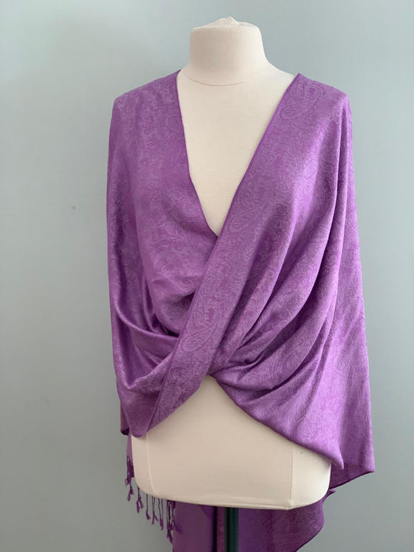 101 Purple Tiffany Cape