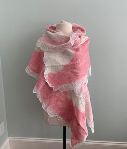 Pink and White Shawl  Y510