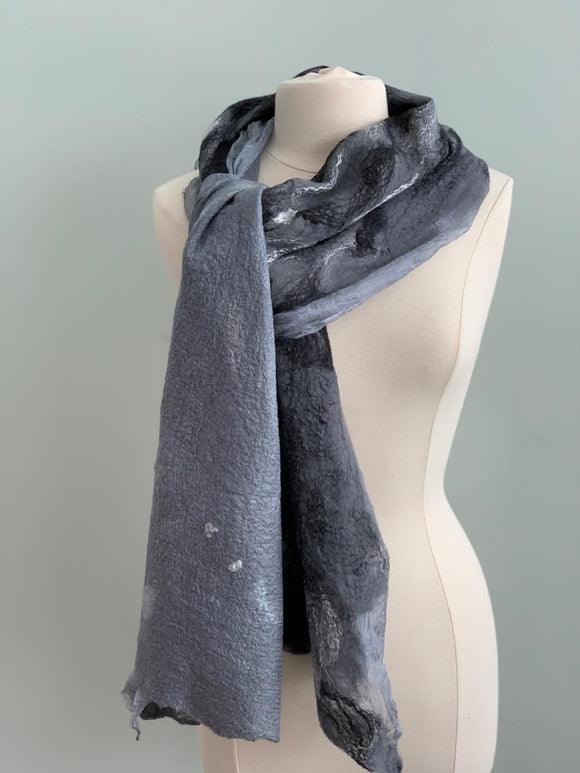 515 Shawl Grey and Black Reversible Shawl