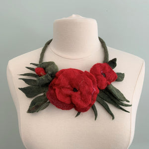 Necklace Flower F179