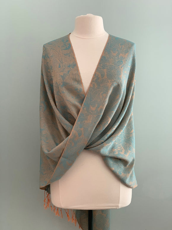112 Blue Tiffany Cape