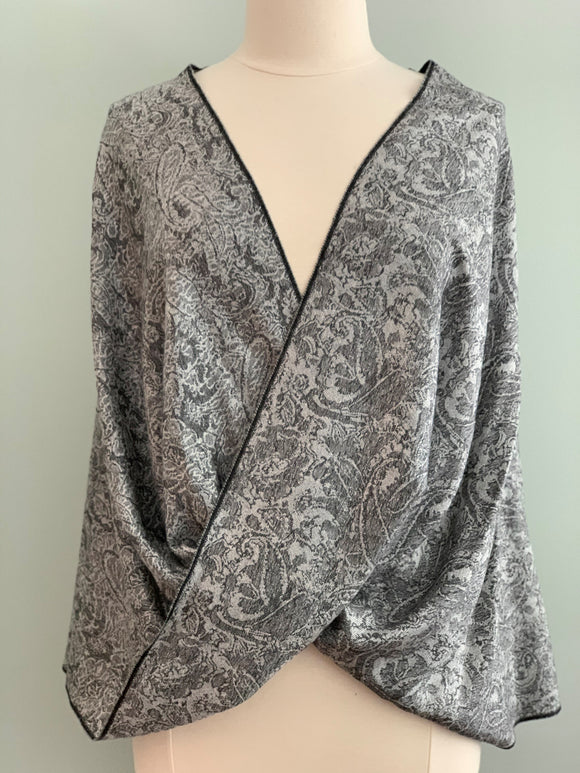 120 Black and Grey Pashmina Tiffany Cape