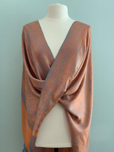 114 Tangerine Tiffany Cape