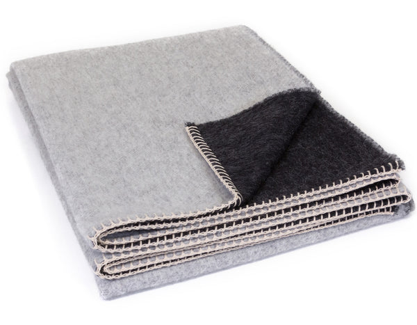 Blacksaw - Peyote Reversible Throw - Ivory/Black