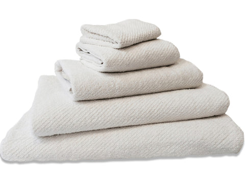 COYUCHI - Air Weight Towel Collection - White