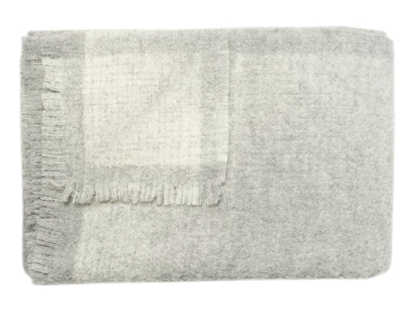 Linen Way - Whitehorse Throw - Light Grey & Ivory