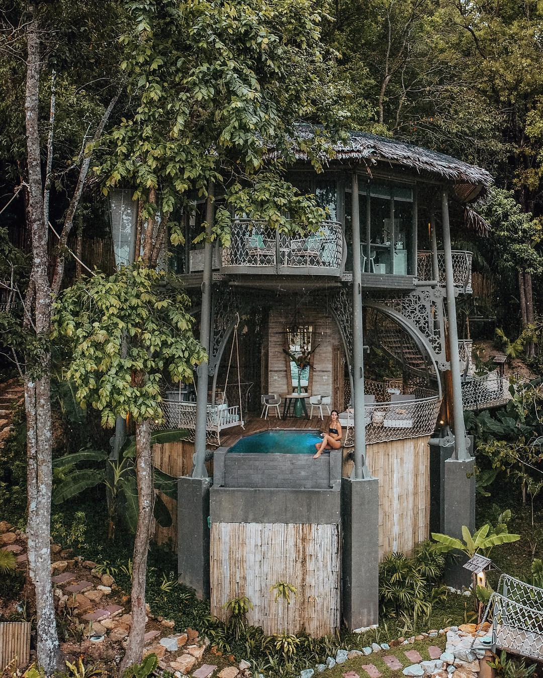 Treehouse villa in Thailand