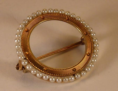 Vintage 14K Yellow Gold Seed Pearl Pin