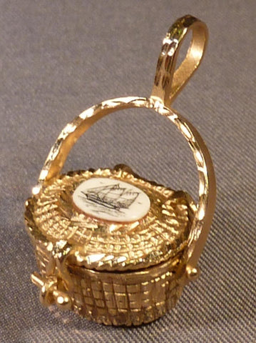 Nantucket Basket with Scrimshaw Top Set in 14K Gold