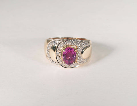 8 Gram 14K Yellow Gold Pink Sapphire and Diamond Chip Ring size 7.75