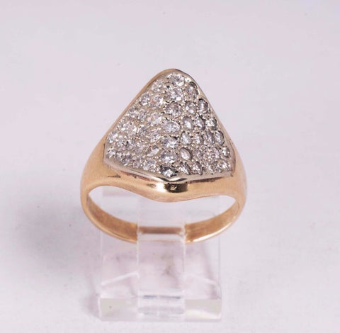 7.4 Gram 14K Yellow Gold Multiple Diamond Chip app. 1.5ct tw. Pave Ring, size 10